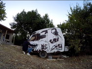 Πάτρα - Graffiti σε ένα 'εγκαταλελειμμένο' τροχόσπιτο στην μέση του πουθενά! (video)