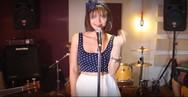 Το θρυλικό «Billie Jean» σε στυλ swing, από την Πατρινή Γιούλη Ασημακοπούλου (video)
