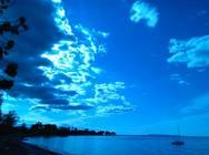 Όταν τα σύννεφα 'κερδίζουν' τον ήλιο στα όμορφα Ροΐτικα