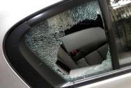 Πάτρα: Όχημα δέχτηκε πέτρες από αγνώστους πάνω από το ΚΤΕΟ