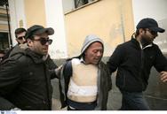 Δικαστήρια Ευελπίδων - Συγγενείς της Δώρας Ζέμπερη επιτέθηκαν στο δολοφόνο της (video)