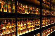 Έκλεψαν 69 μπουκάλια ουίσκι αξίας 700.000 ευρώ από κάβα του Παρισιού