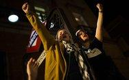 Στους δρόμους βγαίνουν οι Ισπανίδες για να υποστηρίξουν θύμα ομαδικού βιασμού