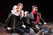 Κατάμεστο το Θέατρο Απόλλων στην πρεμιέρα της παράστασης 'Η Πηγή των Αμνών'! (pics)