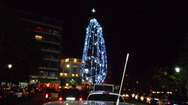 Εντυπωσιακό το Χριστουγεννιάτικο έλατο στα Ψηλαλώνια της Πάτρας (φωτο)