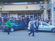 Πάτρα: Υπό κατάληψη το κτίριο του Εργατικού Κέντρου - Κλείδωσαν μέσα την πρόεδρο