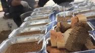 Ο «Άλλος Άνθρωπος» της Πάτρας συνεχίζει τα μαγειρέματα, προσφέροντας ζεστό φαγάκι!
