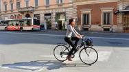 Ποδήλατο στην Πάτρα; Κι όμως, ακόμα δεν έχουμε γίνει… Άμστερνταμ!