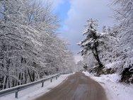 Προβλήματα στην ορεινή Αχαΐα από τον ερχομό του χιονιά