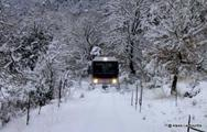 Η 'μάχη' του Οδοντωτού με τον χιονιά, στα Καλάβρυτα!
