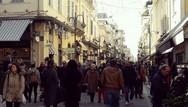 Με κόσμο και Χριστουγεννιάτικη διάθεση το κέντρο της Πάτρας (pics)