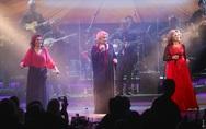 Το αδιαχώρητο στην πολυαναμενόμενη πρεμιέρα της μουσικής παράστασης «Γυναικεία υπόθεση» (φωτο)
