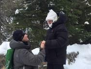Πρόταση γάμου στους -37 βαθμούς Κελσίου! (φωτο)