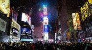 Νέα Υόρκη: Πάνω από 2 εκατ. άτομα υποδέχθηκαν το 2018 στην παγωμένη Times Square (pics+video)