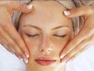 Χαρίστε ελαστικότητα στο δέρμα σας με μια σπιτική μάσκα ομορφιάς