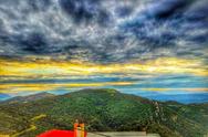Ατενίζοντας βουνό και θάλασσα στο Καλούσι Αχαΐας (pics)