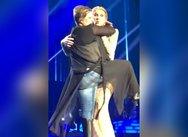 Η Celine Dion δέχθηκε «επίθεση αγάπης» από μεθυσμένη θαυμάστρια (video)