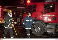 Πάτρα: Ξέσπασε φωτιά σε δίκυκλο