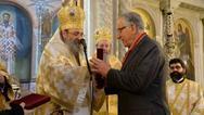 Η Ιερά Μητρόπολη Πατρών τίμησε τον ομογενή επιχειρηματία Θανάση Στεφανόπουλο