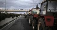 Ιόνια Οδός - Αγρότες έστησαν μπλόκο στον κόμβο της Καμπής