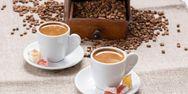Πάτρα: Κλείνουν, ανοίγουν και αλλάζουν χέρια καφέ - Όλοι επιμένουν στην εστίαση