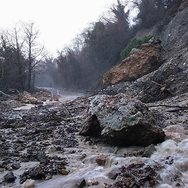 Ήπειρος: Κλειστοί δρόμοι και πλημμύρες από την κακοκαιρία