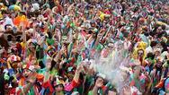 Τα αθηναϊκά κανάλια περνάνε στο 'ντούκου' το καρναβάλι της Πάτρας - Γιατί άραγε;