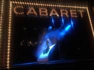 Πρεμιέρα για το Cabaret στο Παλλάς - Καταχειροκροτήθηκε στο ρόλο του Κομπέρ, ο Πατρινός Τάκης Ζαχαράτος! (φωτο+video)
