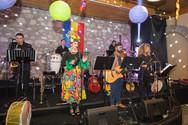 Πάτρα: Διασκέδαση και τραγούδια στον Αποκριάτικο Χορό του Δημάρχου (pics+video)