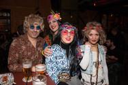 Το πολύχρωμο πάρτι των 60ς με καρναβαλική διάθεση (pics)