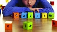 Αυτισμός: Ποια είναι τα συμπτώματα