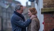 'Αόρατη Κλωστή' - Το κινηματογραφικό κέντημα υψηλής αισθητικής που μαγεύει τους Πατρινούς