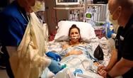 H πρώτη ανεμπόδιστη ανάσα μετά από μεταμόσχευση πνεύμονα (video)
