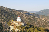 Kέρτεζη - Το χωριό με τις πιο πολλές εκκλησίες στην Αχαΐα και όχι μόνο (pics)