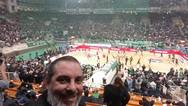 Ο Πατρινός που έβγαλε selfie με τον Θανάση Γιαννακόπουλο! (φωτο)