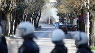 Θεσσαλονίκη: Μολότοφ και χημικά σε πορεία οπαδών του ΠΑΟΚ