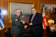 Συνάντηση Πάνου Καμμένου με τον Αρχηγό των Ενόπλων Δυνάμεων της Γεωργίας (φωτο)
