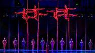 Ακροβάτης του Cirque du Soleil γλιστράει πέφτει και χάνει τη ζωή του (video)