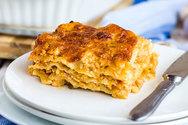 Μαγειρέψτε λαζάνια με τυρί και κοτόπουλο