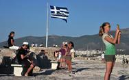 Ο τουρισμός αυξάνεται, οι εισπράξεις μειώνονται