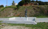 Πάτρα: Έσβησαν τα ναζιστικά συνθήματα από το Μνημείο Εκτελεσθέντων στο Γηροκομειό