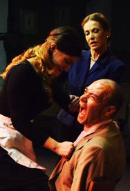 'Η Σιδηρά Πρωθυπουργός' στο Θέατρο «Μπέλλος»