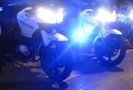 Χαμός στο κέντρο της Πάτρας: Οδηγός που πάρκαρε παράνομα χτύπησε αστυνομικό!