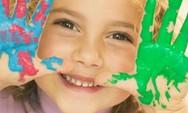Γιατί στις μέρες μας τα παιδιά φοβούνται να χαμογελάσουν;