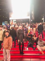 Αναστατώνει τη Νέα Υόρκη η Σάσα Σταμάτη (φωτο+video)