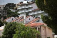 Airbnb: 'Ράμπο' κάνουν 'καταδρομικές' στα στοιχεία όσων νοικιάζουν ακίνητα