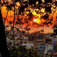 Το ηλιοβασίλεμα από διάφορες γωνιές της Πάτρας (φωτο)