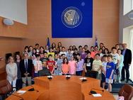 Πάτρα: Οι μαθητές του 8ου Δημοτικού Σχολείου ανέλαβαν ρόλους περιφερειακών συμβούλων (pics)