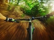 Όταν το ποδήλατο μοιάζει... ακροβάτης - Δείτε βίντεο