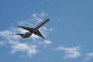 Αεροπλάνο πέταξε σε… ορθή γωνία (video)